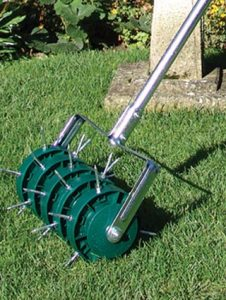 aerating roller summer lawn care